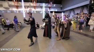 Enlace a Jedi vs. Sith, ¿de qué lado estás?