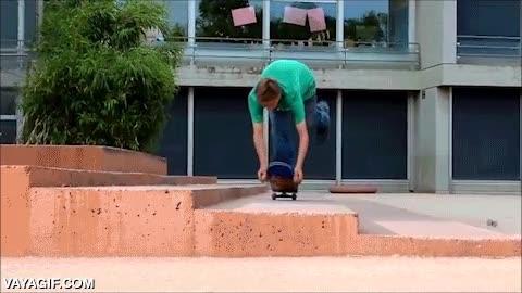 Enlace a Oh vaya, he perdido las ruedas delanteras de mi skate... ¡No importa, le pondré otras!
