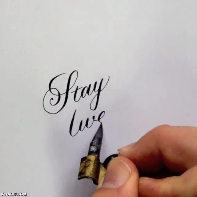 Enlace a Stay awesome, igual que el tío capaz de escribir así