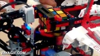 Enlace a No se me da muy bien resolver el cubo de Rubik, por eso he hecho esto con Lego