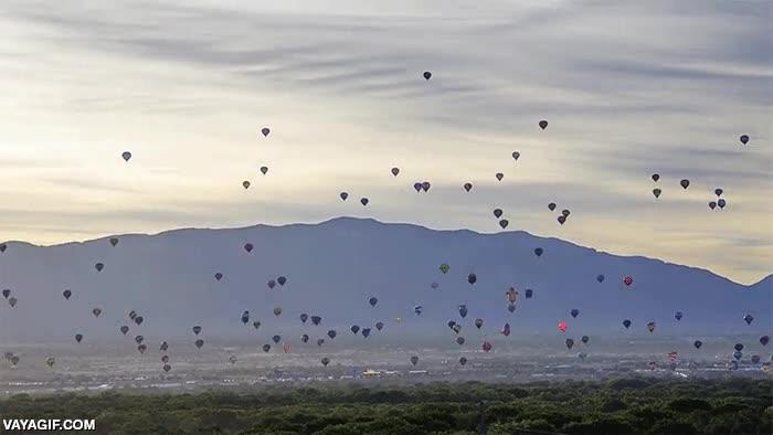 Enlace a Timelapse de la fiesta de globos aeroestáticos de Albuquerque, la más grande del mundo