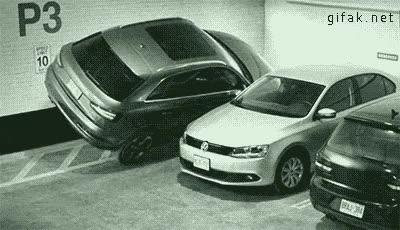 Enlace a ¿Que ese sitio es muy estrecho para aparcar? ¡Ja!