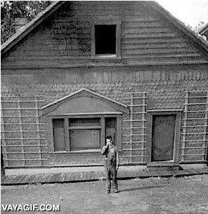 Enlace a Buster Keaton estaba así de loco, en aquella época no había efectos por ordenador