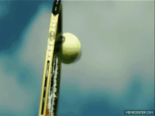 Enlace a Cuando sacas a más de 200 km/h en tenis, la pelota se pone plana por un momento