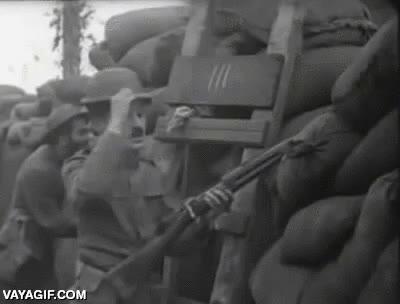Enlace a Sólo Chaplin era capaz de tomarse con humor la Primera Guerra Mundial