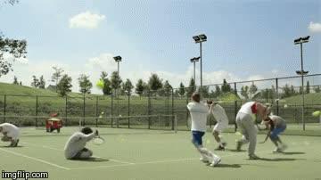 Enlace a Así suelen ser las clases de tenis en grupo