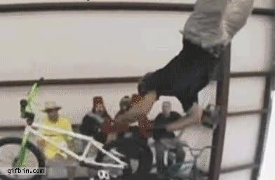 Enlace a Un truco imposible con la BMX como si tal cosa