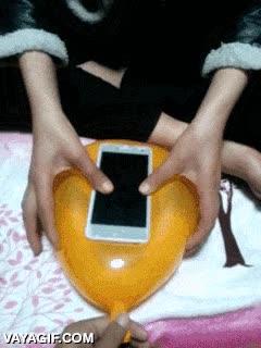 Enlace a ¿Necesitas una funda de emergencia para tu móvil? ¡Usa un globo!