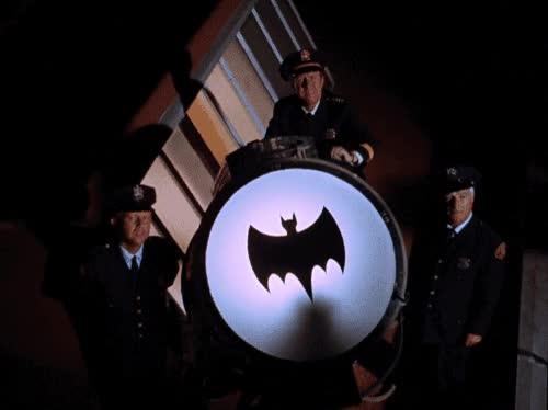 Enlace a Batman también se apunta al doble check azul en Whatsapp