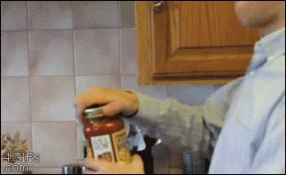 Enlace a Cariño, tú que estás más fuerte, ¿me puedes abrir este frasco de tomate?