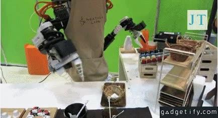 Enlace a El robot que sirve cafés, tus días como camarero están contados