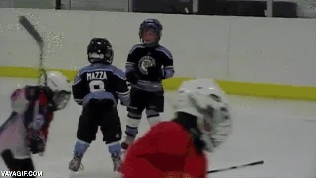 Enlace a Normal que haya violencia en el deporte si ya de bien pequeños les inculcan esto