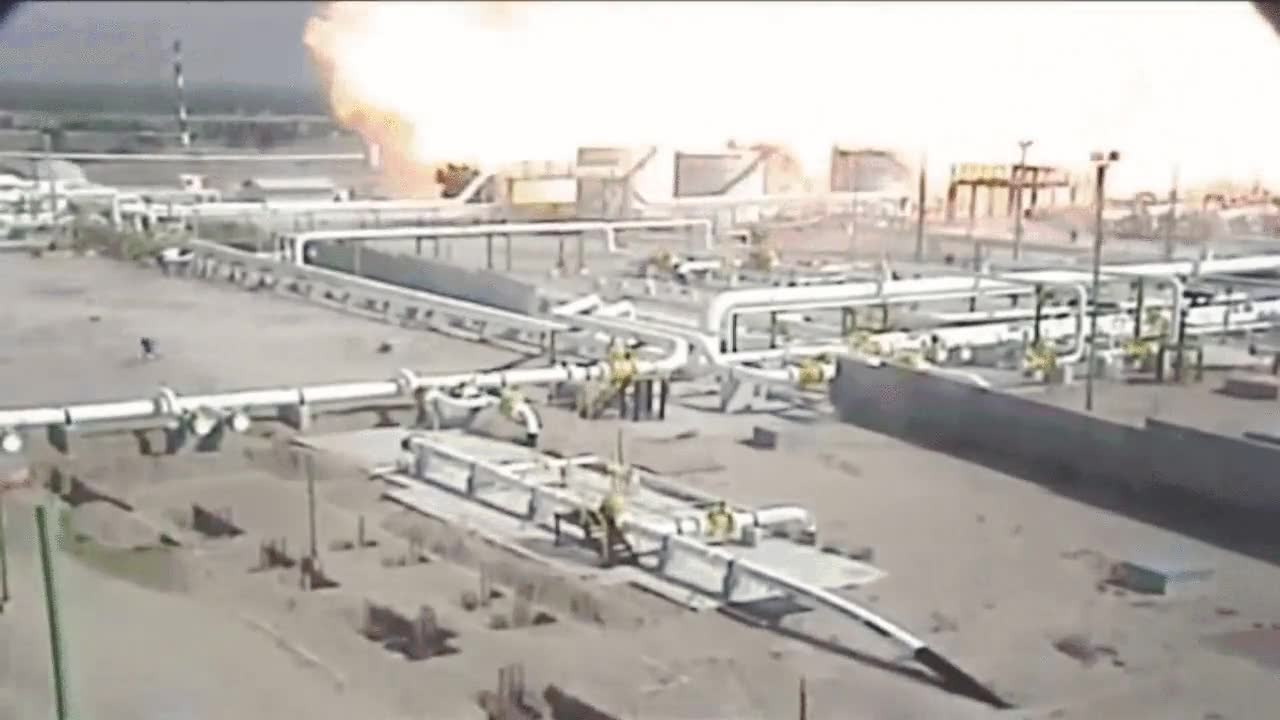 Enlace a Tremenda explosión de gas en una planta de México