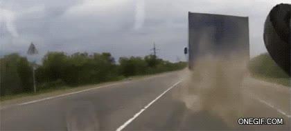Enlace a Uno de mis grandes miedos cuando conduzco detrás de un camión