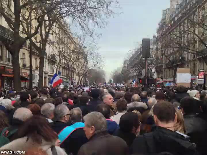 Enlace a Así estaba Paris el día de la manifestación en apoyo a #CharlieHebdo #JeSuisCharlie