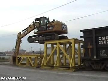 Enlace a Nada puede parar a una excavadora cuando la lleva un piloto experto