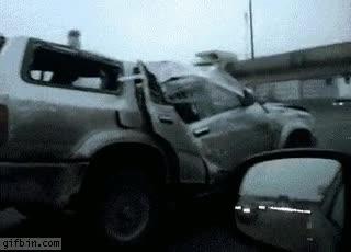 Enlace a ¿Que después del accidente tengo que llevar el coche al desguace? No veo por qué...