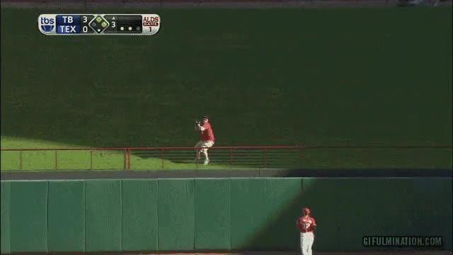 Enlace a ¿Home run? No si yo puedo evitarlo... Pero eres del público, tú no juegas... ¡ME DA IGUAL!