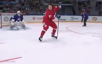 Enlace a ¡No vale, este equipo de hockey sobre hielo ha fichado a un ninja!