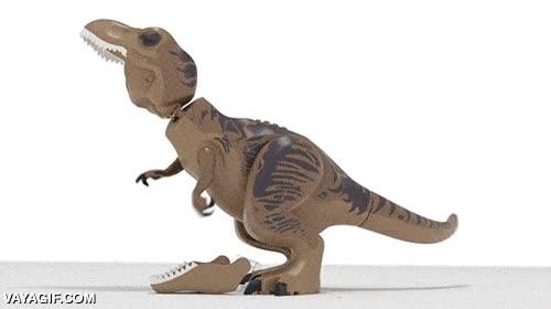 Enlace a El drama de ser un Tyranousaurus Rex de juguete