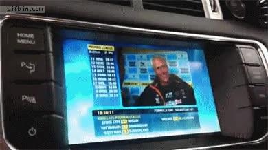 Enlace a Una pantalla para el coche que muestra el GPS al conductor y la tele al copiloto, al mismo tiempo