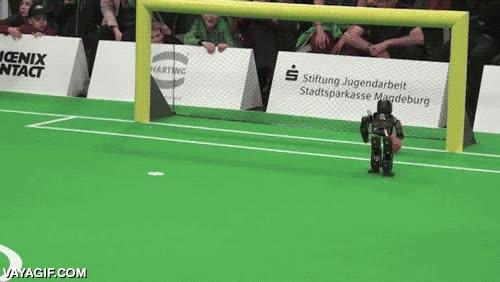 Enlace a Algún día los robots sustituirán a los jugadores de fútbol profesional, algún día...