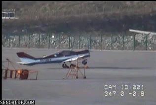 Enlace a ¿Despegue de aviones en vertical? Bah, este lo hace en diagonal hacia atrás