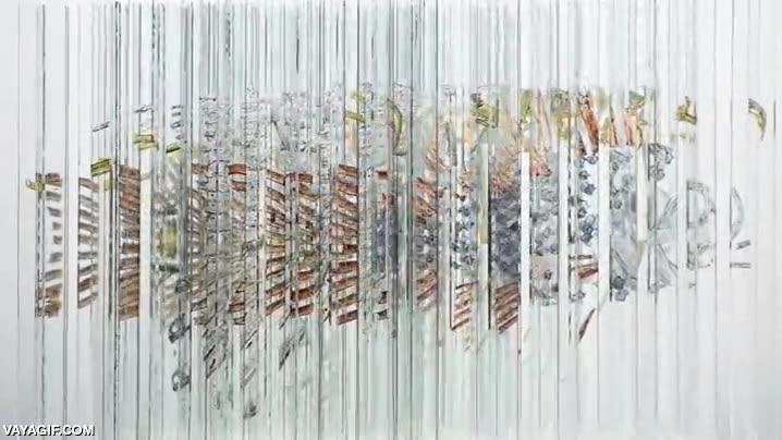 Enlace a Increíble escultura en vidrio que cambia dependiendo de tu punto de vista
