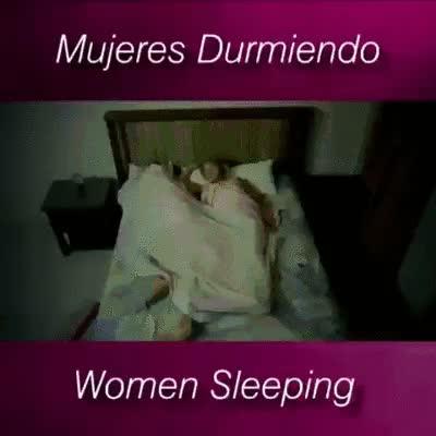 Enlace a La mayoría de las mujeres mientras duermen