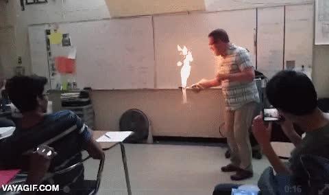 Enlace a Así da gusto dar clases de química