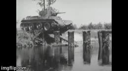 Enlace a ¿Un puente para que cruce el tanque? No hombre, pon unos cuantos troncos en línea que voy
