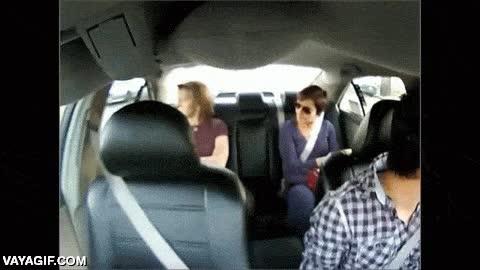 Enlace a Si eres de los que piensas que el cinturón de seguridad no es necesario cuando vas sentado atrás