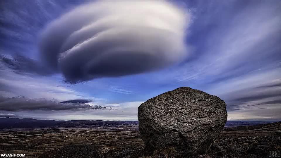 Enlace a Nubes en forma de espiral en los cielos de Nueva Zelanda