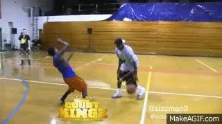 Enlace a Te pueden driblar de muchas maneras en el baloncesto, pero pocas veces te dejarán así de roto