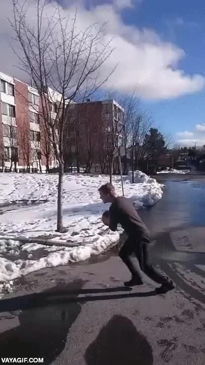 Enlace a El baloncesto en Noruega