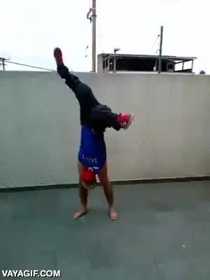 Enlace a El verdadero maestro del breakdance
