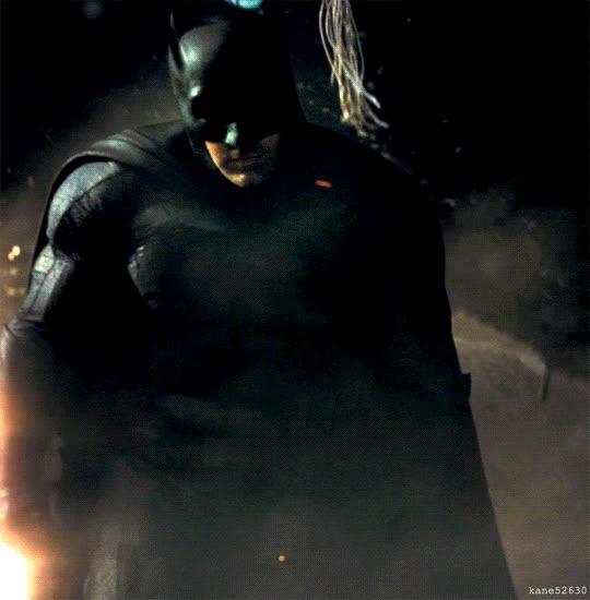 Enlace a Pues parece que no le queda mal traje de Batman a Ben Affleck