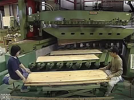 Enlace a Cuesta creerlo pero esto son laminas de madera cortadas directamente de un tronco