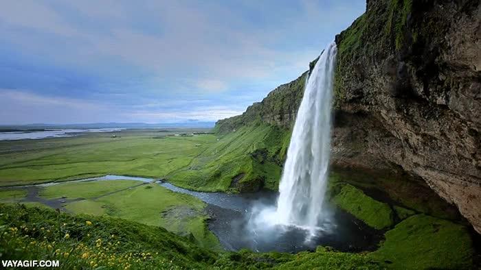 Enlace a Si quieres ver esta maravilla natural has de preguntar en Islandia por las Skógafoss Waterfall