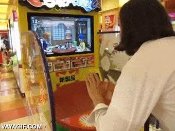 Enlace a Con lo bien que vendría este juego para desahogarse después del trabajo