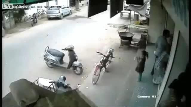 Enlace a Y por eso no es buena idea dejarse la moto con las llaves puestas