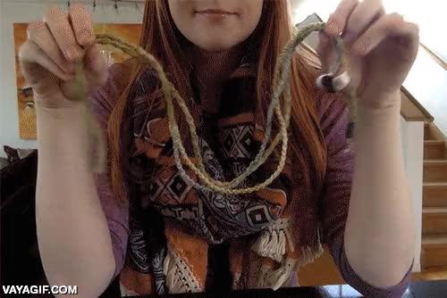 Enlace a Un truco sencillo para evitar nudos y enredos en tus auriculares, cubre los cables con cáñamo