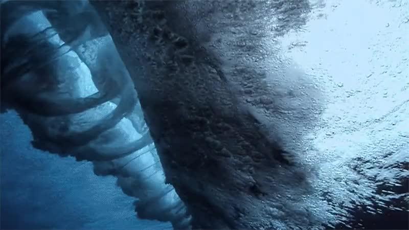 Enlace a Vórtices perfectos justo debajo de la formación de una gran ola