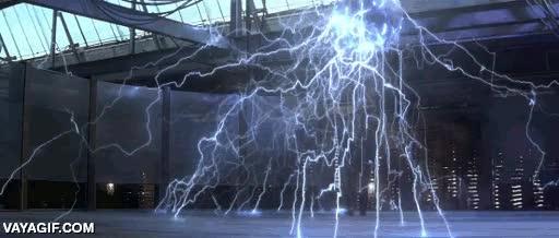 Enlace a David Bowie haciendo de Nikola Tesla