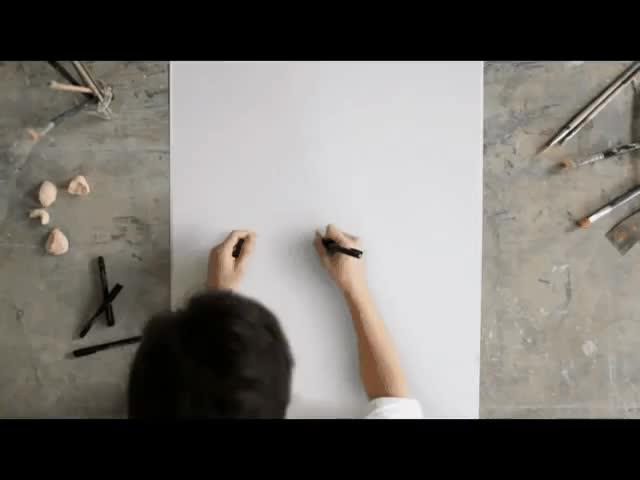 Enlace a Paso 1: Hacer círculos en el papel. Paso 2: No hay paso 2, repetir el paso 1 hasta el final