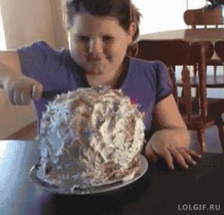 Enlace a El truco más viejo del libro de bromas para pasteles de cumpleaños, dulce inocencia infantil