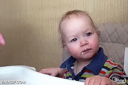 Enlace a Y así se alimenta correctamente a un bebé