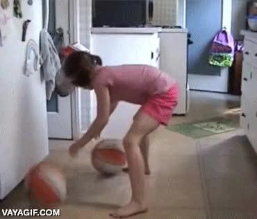 Enlace a Si algún día tengo una hija, me conformo con que salga con la mitad talento que esta niña