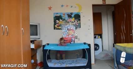 Enlace a Si es que ya lo dicen, que la tele es muy perjudicial para los niños pequeños