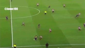 Enlace a Por si alguien aún no ha visto uno de los goles de la temporada, obra de Messi en la Copa del Rey